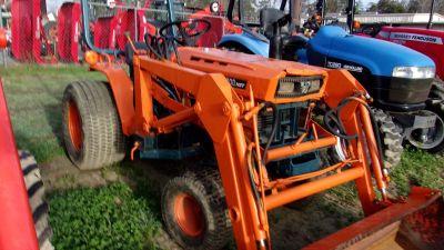 KUBOTA B7200 TRACTORS