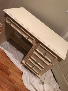 Small desk / makeup table