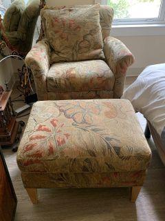 Armchair w/Ottoman