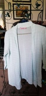 ROSEBUD light weight sweater mint green and white large