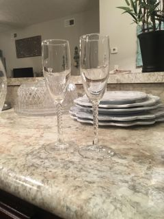 Pair of Champagne flutes with spiral stem
