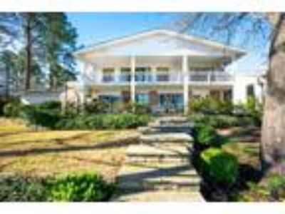Scroggins Real Estate Home for Sale. $659,000 5bd/Four BA. - Pam Swanner of