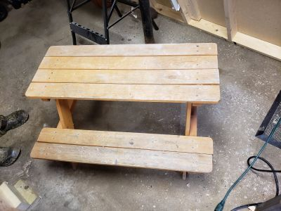 Kids picnic table wood