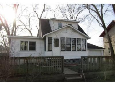3 Bed 2 Bath Foreclosure Property in Bronson, MI 49028 - N Douglas St