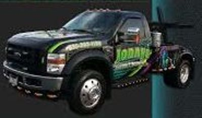 Fast local towing service