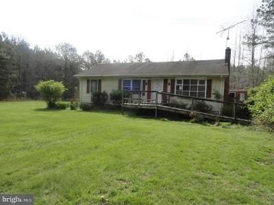 3 Bed 2 Bath Foreclosure Property in Snow Hill, MD 21863 - Laws Rd