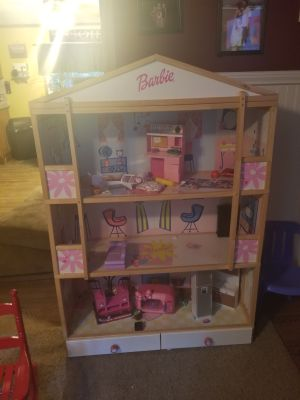 4 ft wood barbie house