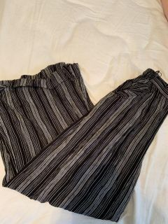 Pants with pickets