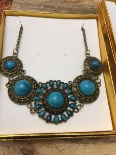 Beautiful statement necklace- brand new in gift box