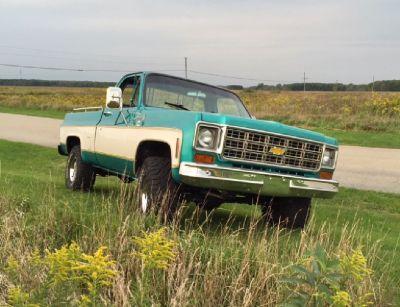 1977 Chevy Silverado Shortbed 4x4