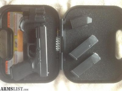 For Sale: Glock 19 Gen 4