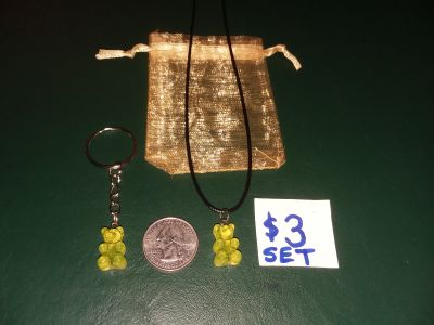 "Yellow plastic gummy bear keychain & 18"" necklace for $3 obo"