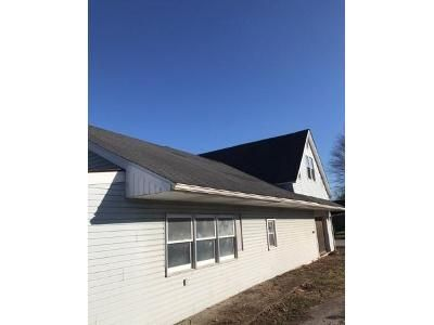 3 Bed 1 Bath Foreclosure Property in Jasonville, IN 47438 - S Meridian St