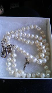 Genuine fresh water pearl necklace/bracelet