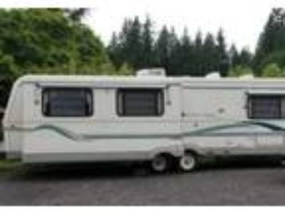 1995 Holiday Rambler Aluma-Lite Travel Trailer in Arlington, WA