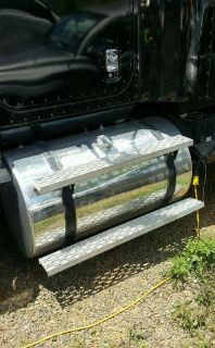 Purchase Aluminum polished fuel tank motorcycle in Meadows of Dan, Virginia, United States, for US $600.00
