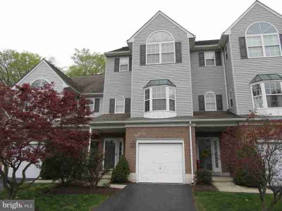 115 Vineyards CT WILMINGTON, Three BR/2.Two BA town home with 1-car