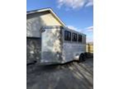 2015 Sundowner Trailer3 horse