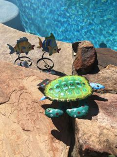 Cute little table top pool party decor