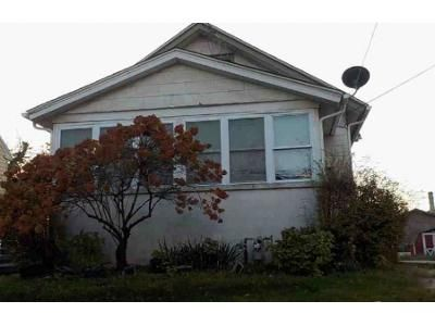 4 Bed 1 Bath Foreclosure Property in Lansdowne, PA 19050 - Elder Ave