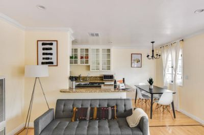 $3330 1 apartment in West Los Angeles