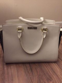 Reaction by Kenneth Cole White purse
