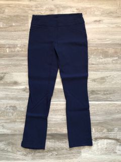 Juniors Joe B navy capri/ankle pants. Size small.