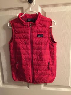 Patagonia Goose down vest size 5T
