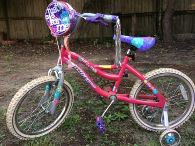 Girl s 18 bike w/ training wheels Ozone Just for me