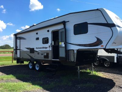 2018 Starcraft AUTUMN RIDGE OUTFITTER 265BHS