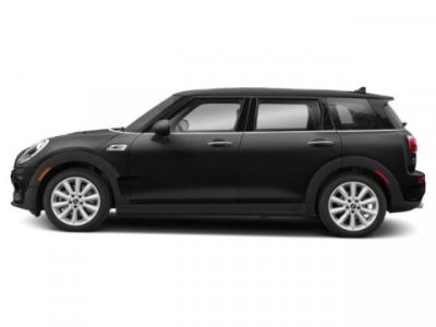 2019 MINI Clubman Cooper (Midnight Black Metallic)