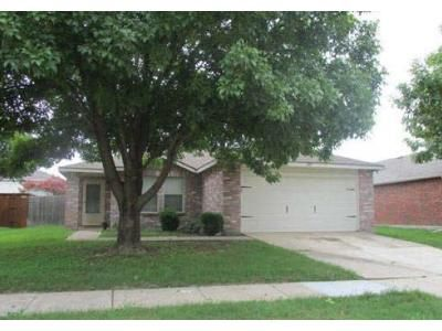 3 Bed 2 Bath Foreclosure Property in Little Elm, TX 75068 - Pecan Dr