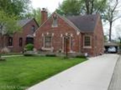 $230000 Three BR 1.00 BA, Grosse Pointe Woods