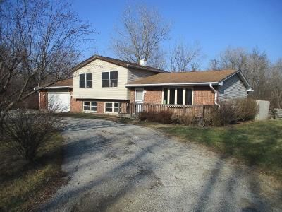 5 Bed 3 Bath Foreclosure Property in Winthrop Harbor, IL 60096 - 13th St