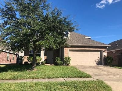 4 Bed 3.1 Bath Foreclosure Property in Alvin, TX 77511 - High Creek Ct