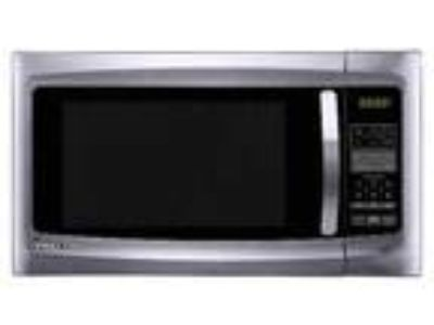 Magic Chef 1.6 Countertop Stainless MicrowaveApartment Loft