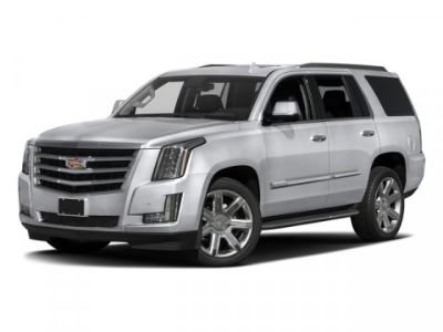 2018 Cadillac Escalade Luxury (Crystal White Tricoat)
