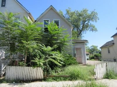 3 Bed 1 Bath Foreclosure Property in Chicago, IL 60619 - S Lyon Ave