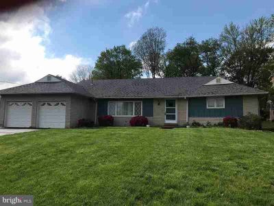 2522 Damian Dr HATBORO Three BR, ----Welcome to this Upper