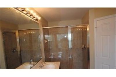 4 bedrooms Condo - Freshly remodeled by Invitation Homes. 2 Car Garage!
