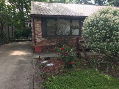 1/2 double for rent in Ashland Ohio