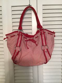 Cute bag. Good used condition. 21 wide at Top. 12 tall plus handles. Pick up at Target in McCalla on Thursday s 5:15 - 6:00
