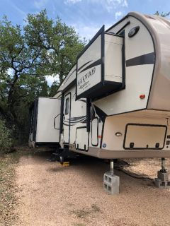 2015 5TH WHEEL FOREST ROCKWOOD DIAMOND PACKAGE