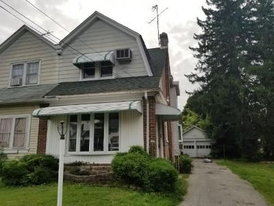 3 Bed 1 Bath Foreclosure Property in Chester, PA 19013 - W Mowry St