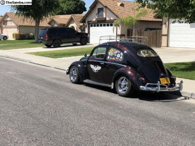 Oval Window Bug and a VW Thing trade