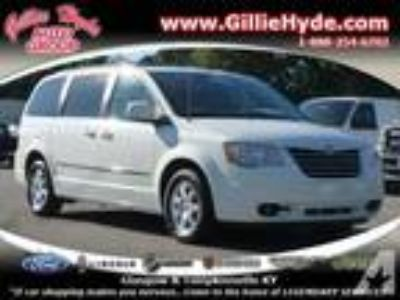2009 Chrysler Town and Country Mini Van Touring