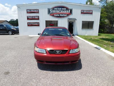 2000 Ford Mustang Base (Red)