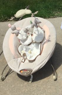Fisher Price Snug a puppy bouncer