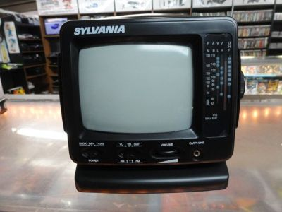 Retro Black & White TV (Black)
