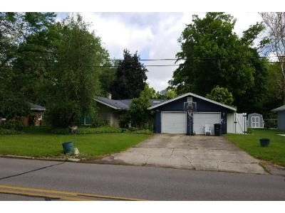 3 Bed Preforeclosure Property in Elkhart, IN 46514 - Greenleaf Blvd